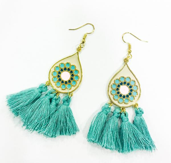 earrings_with_tassels_1__1485860475_135